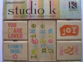 126- opruiming stempelset Studio K 4 van 4x4.5cm & 1 van 6.5x4.5cm
