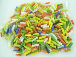 000687- 6mm glazen rocailles stiftjes pastelmix 10gram OPRUIMING