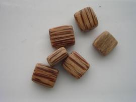 6 stuks plat vierkant 10x8.5x5mm houten kraal 6035/2211