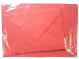 008202- 3 x A4 formaat kaarten gerild + 3 x enveloppen A5 formaat rood OPRUIMING -50%
