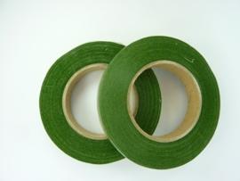 12273/7301- rol ouderwetse topkwaliteit bloemencrepeband  midden groen van 13mm breed