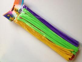 80 stuks chenille draad van 30cm lang en 8mm breed kleuren assortiment