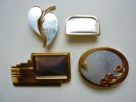 SLK.130.E - 4 stuks zijdebrosches 3 delig goudkleur - OPRUIMING