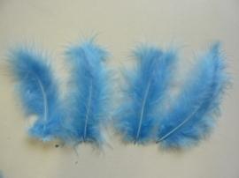 CE800804/2805- 15 stuks Marabou veren lichtblauw van 7 tot 14cm