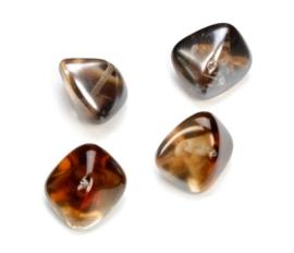 2204 432- 4 stuks glaskralen bohemisch gevormd bruin van 19x14mm in een doosje