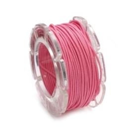 002290/0327- 10 meter waxcord met nylonkern roze / fuchsia 0.6mm dik