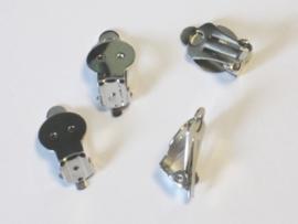 TH121990/9902- 4 stuks oorclips staalplated