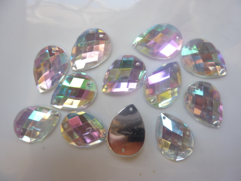 12 stuks kunststof strass stenen druppelvorm - OPNAAIBAAR - 25 x 18 mm. zilver AB