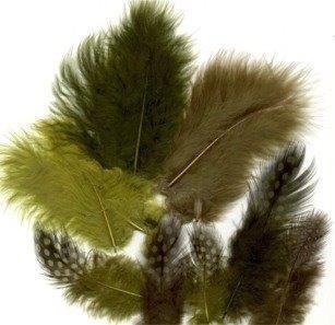 CE800804/2908- 18 stuks maraboe veertjes mix groen