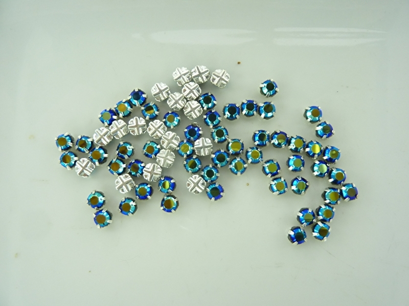 000537-0409- 72 stuks crystal rijgstrass/naaistrass SS20 5mm jetblack AB