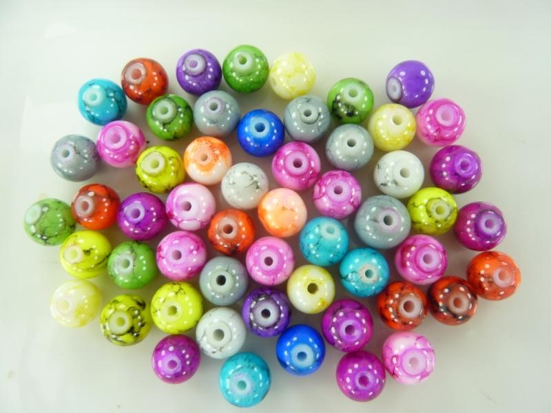 3741- ca. 54 stuks spray painted glaskralen van 8mm kleurenmix