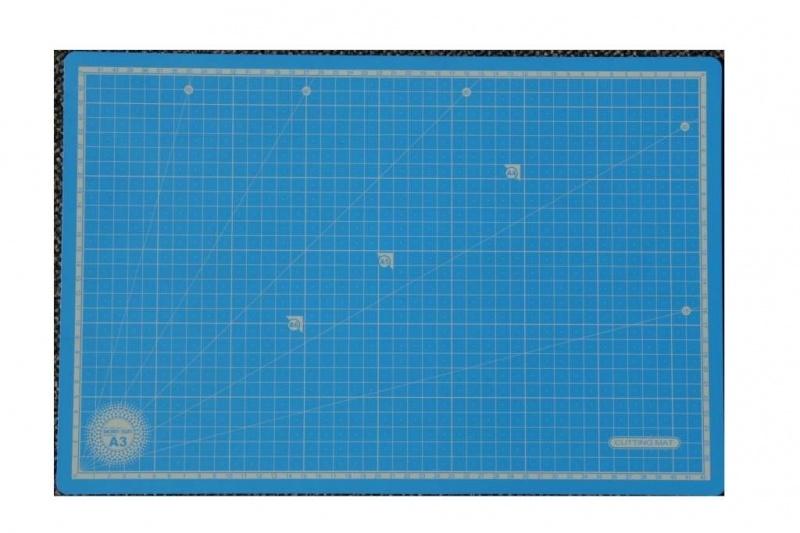 CE860503/3045- snijmat dun 30x45cm