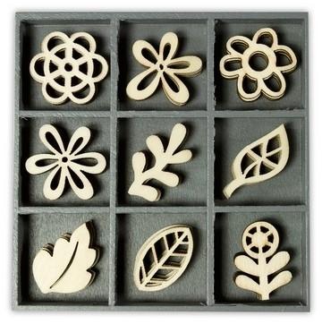 1852 1014- box met 45 stuks houten ornamentjes floral fantasie 10.5x10.5cm