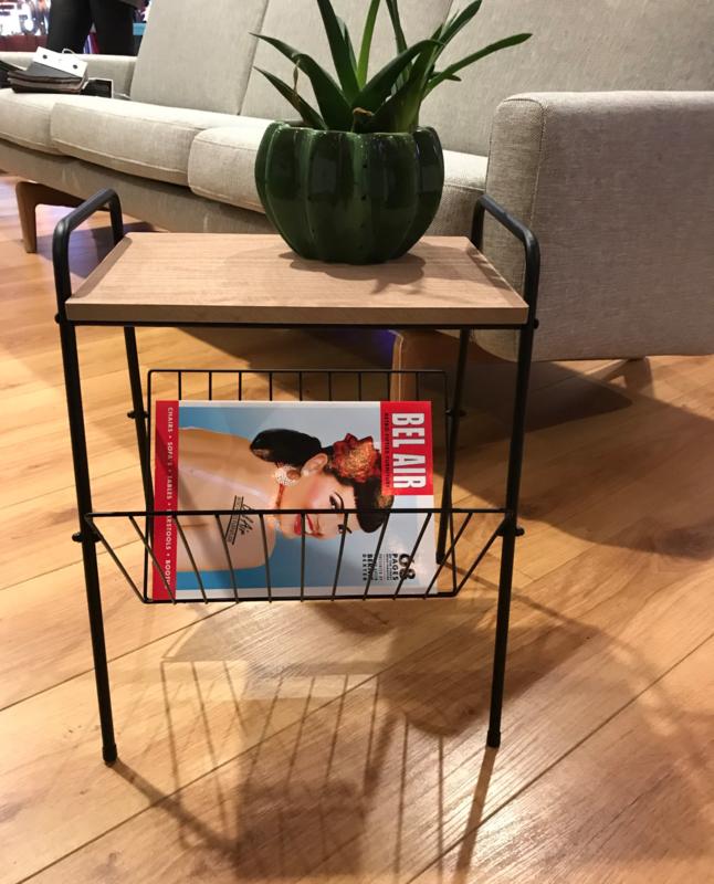 Lectuur Magazine Rack