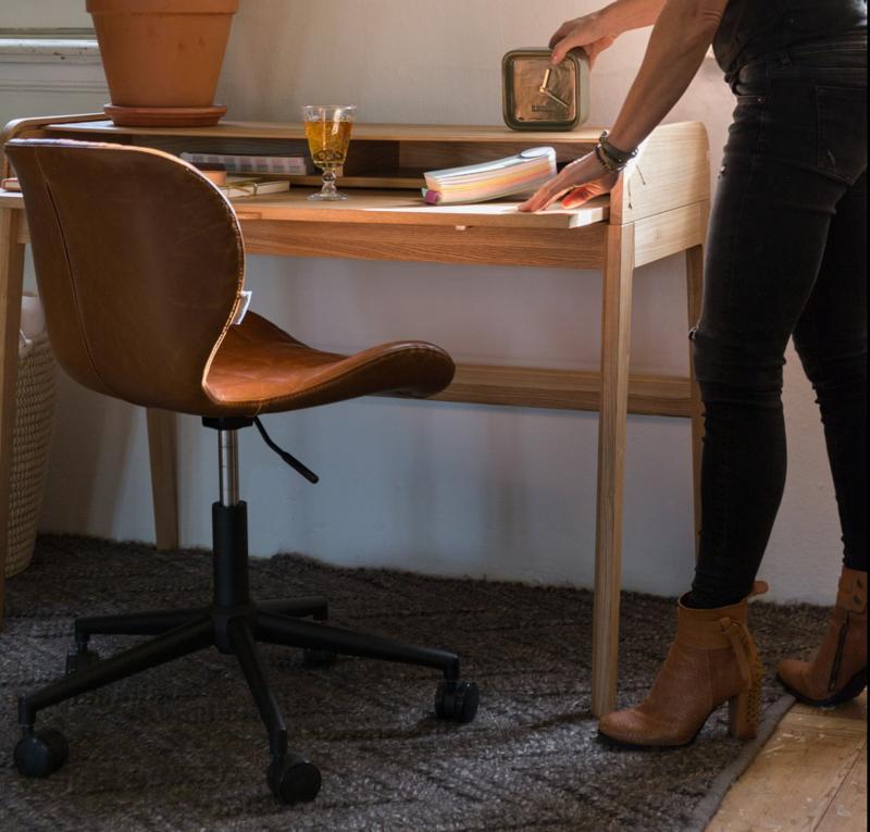 Zuiver Omg Bureaustoel.Bureaustoel Op Wiele Stijlvol Functioneel Office Cha