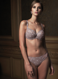 Chantilly slip in taupe 42
