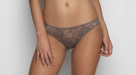 Anna string lace in taupe