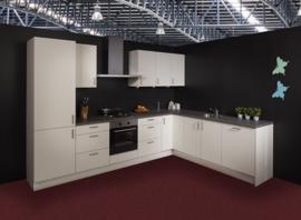 Keuken 134, Nolte Eco Florenz Softwit, 330 x 244 cm. en supercompleet
