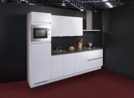 Keuken 131, hoogglans greeploze keuken, 300 cm. en supercompleet