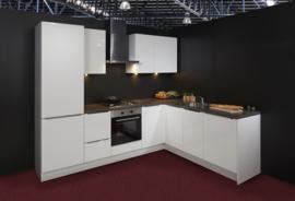 Keuken 114, Nolte Lux hoogglans lak, 275x217 cm. en supercompleet