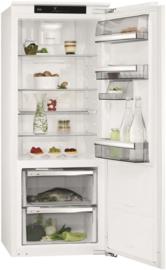 Inbouw koelkast 140 cm.