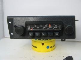 Blaupunkt Opel radio met speciaal frontje voor Manta Ascona