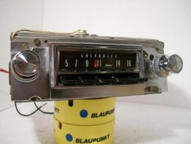 Chevrolet Delco radio no.986545 OEM Delco AM radio for 1966 Chevy Impala, Caprice, Belair and Biscayne models