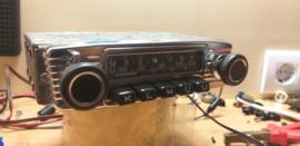 Blaupunkt Frankfurt 12 volt FM radio  met nieuwe frontje en ipod aansluiting