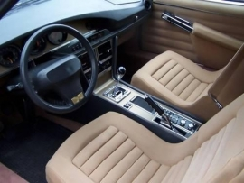 gereserveerd Continental Edison radio met ipod / mp3 aansluiting voor  SM Maserati (new picture)