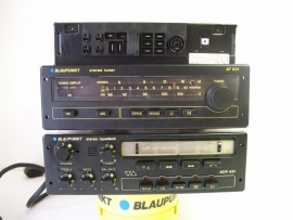 Blaupunkt AT 931 tuner en ACR 931 cassette top set voor Porsche , BMW , Mercedes