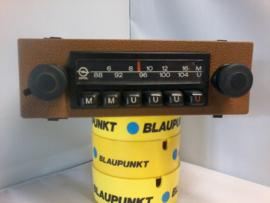 goed spelende radio origineel Opel met geel frontje