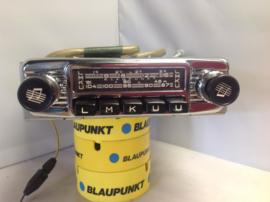 Blaupunkt Frankfurt 6 of 12 volt FM radio W serie 1965