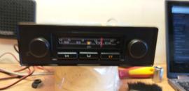 VW / Audi radio met bruin front/draaiknoppen