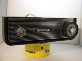 Autovox autoradio bikini inclusief origineel frontje 12 volt