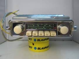 Blaupunkt Frankfurt 6 of 12 volt frontje voor Kever