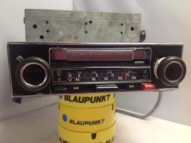 Blaupunkt Bamberg CR cassette stereo (extra picture Porsche)