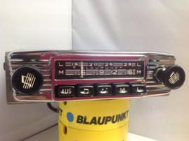 """Blaupunkt Bremen met de """"aus""""button o.a. Porsche"""