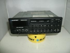 Blaupunkt SQR 49 Bremen  top radio (radio op foto is verkocht, heb er nog 1 foto volgt nog)