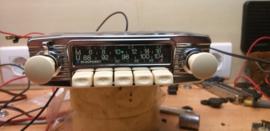 Blaupunkt  Frankfurt FM radio met witte knoppen (nieuwe foto's)