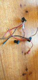 + en - aansluitkabel voor de meeste Blaupunkt oldtimer autoradio's gebruikt