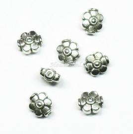 MTL33   6 x  metalen kraal BLoem 9x8mm Antiek Zilver