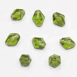 GKB10   20x Glaskraal Ruit Groen ca. 13 x 9mm