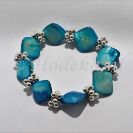 HMH03-04  Armband met schelp Blauw