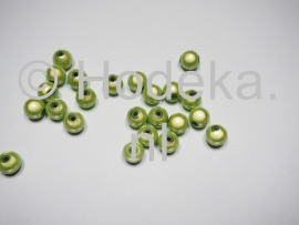 MIR08/03  12 X miracle beads Licht Groen  ca. 8mm