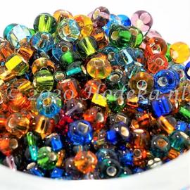 CRP06/68a  50 gram Preciosa Rocailles 6/0 Kleuren mix silverlined