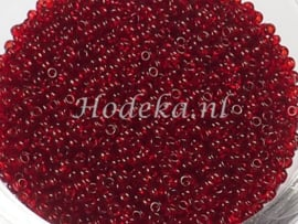 CRP11/47  12 gram Preciosa Rocailles 11/0 Donker Rood transparant