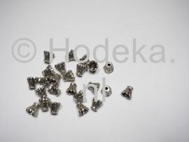 BKK15   10 x  Metalen Kralenkapjes ca. 6 x 7 mm