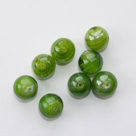 GLR17   6 x Glaskraal Rond Groen ca. 13mm.
