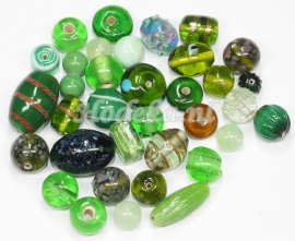 GMM26   50 gram Glaskralen mix Groen