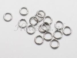 BHR16  30 RVS ringetjes 6 x 1mm  antiek zilver kleur
